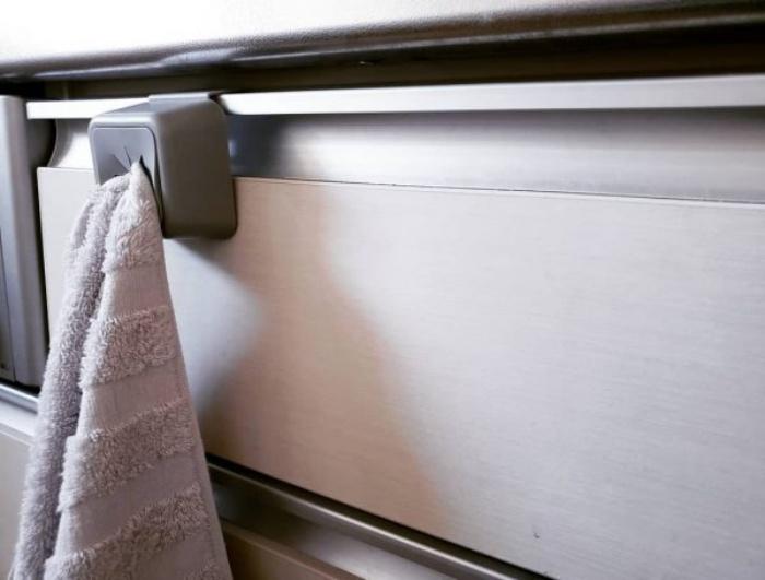 Những vật dụng hữu ích giúp góc bếp luôn gọn gàng, ngăn nắp - Ảnh 1.
