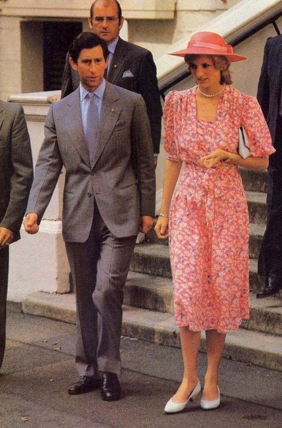Chiêm ngưỡng những lần Công nương Diana diện váy dáng dài để biết thế nào là đỉnh cao của sự sang trọng, tinh tế - Ảnh 4.