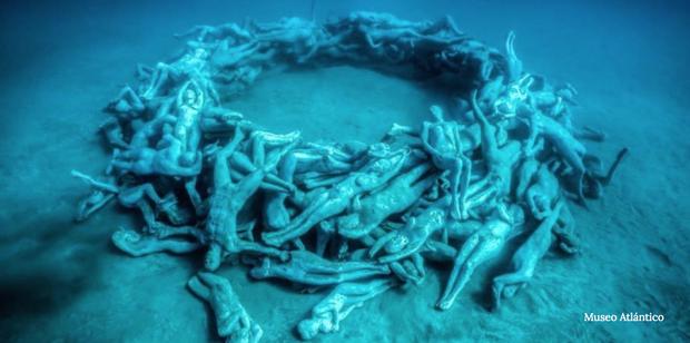 """Có một vùng biển khiến ai cũng phải """"lạnh người"""" khi nhìn thấy cảnh tượng toàn xác chết ở dưới đáy, ghê rợn ngỡ chỉ xuất hiện trong phim kinh dị - Ảnh 1."""