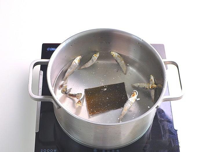 Món súp này ăn khuya hay ăn sáng đều cực đỉnh, nhẹ bụng lại giúp da dẻ căng mịn đẹp xinh - Ảnh 2.