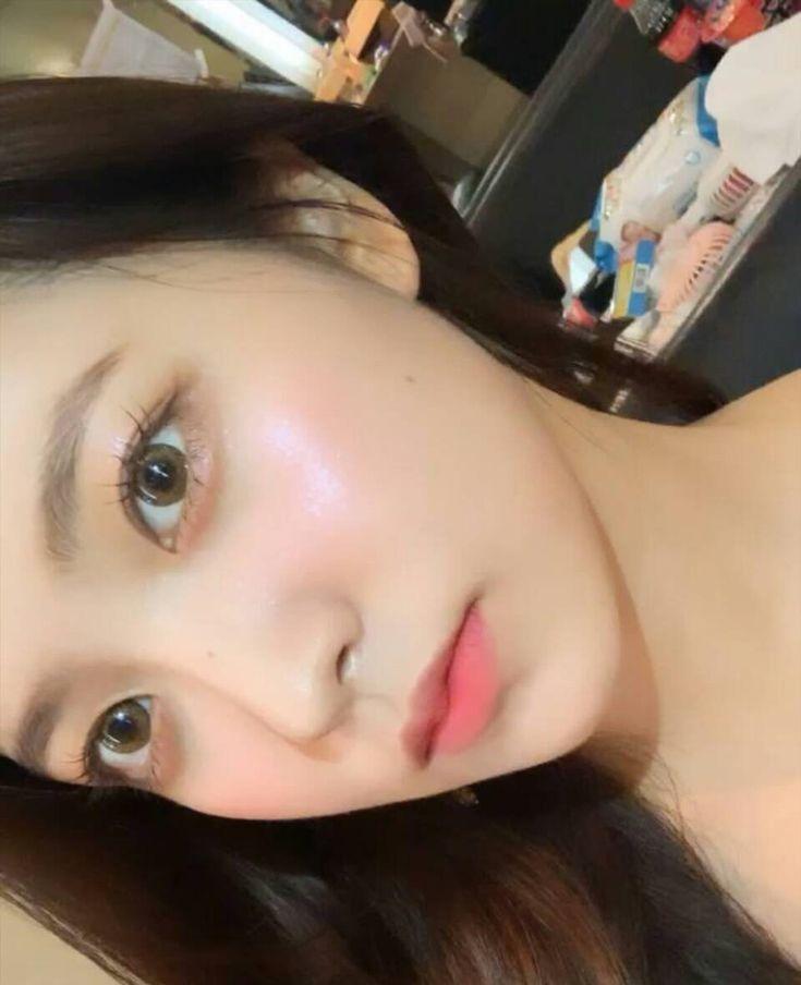 """Loạt makeup look """"đỉnh của chóp"""" từ idol Kpop, nhìn xịn sò là vậy nhưng học theo cũng đâu có khó mấy - Ảnh 5."""