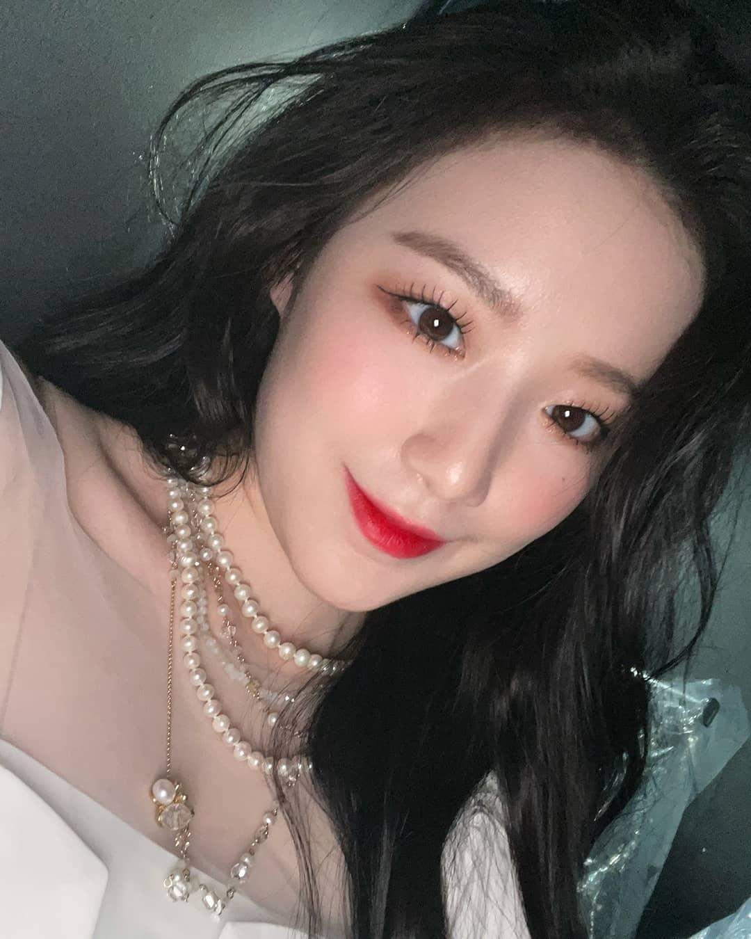 """Loạt makeup look """"đỉnh của chóp"""" từ idol Kpop, nhìn xịn sò là vậy nhưng học theo cũng đâu có khó mấy - Ảnh 10."""