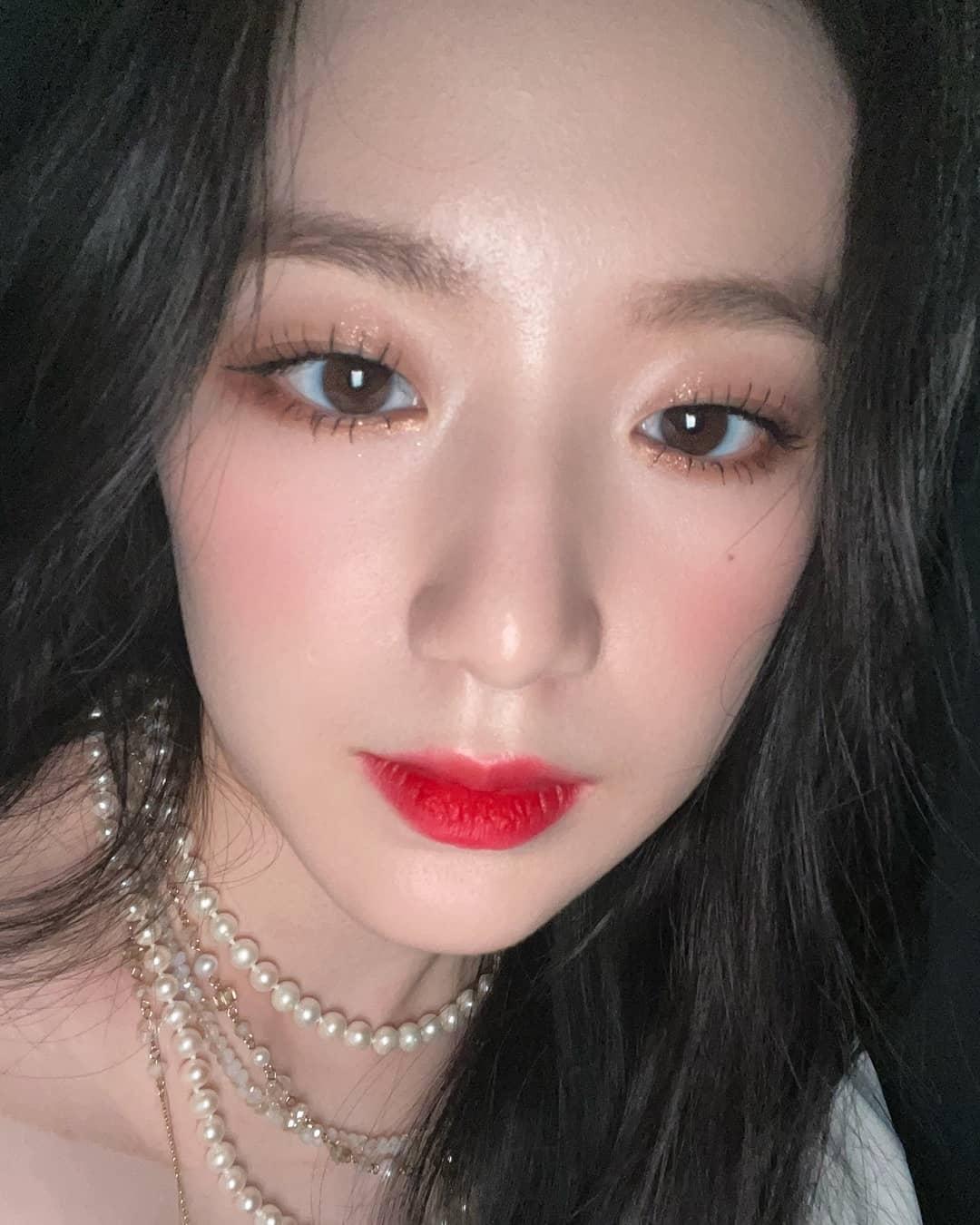 """Loạt makeup look """"đỉnh của chóp"""" từ idol Kpop, nhìn xịn sò là vậy nhưng học theo cũng đâu có khó mấy - Ảnh 9."""