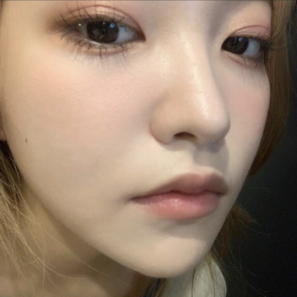 """Loạt makeup look """"đỉnh của chóp"""" từ idol Kpop, nhìn xịn sò là vậy nhưng học theo cũng đâu có khó mấy - Ảnh 4."""