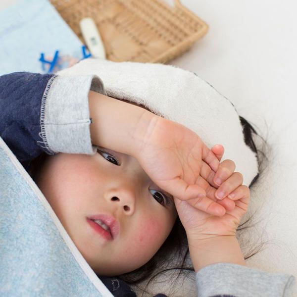 Những lưu ý cho sức khỏe trẻ nhỏ mùa xuân - Ảnh 2.