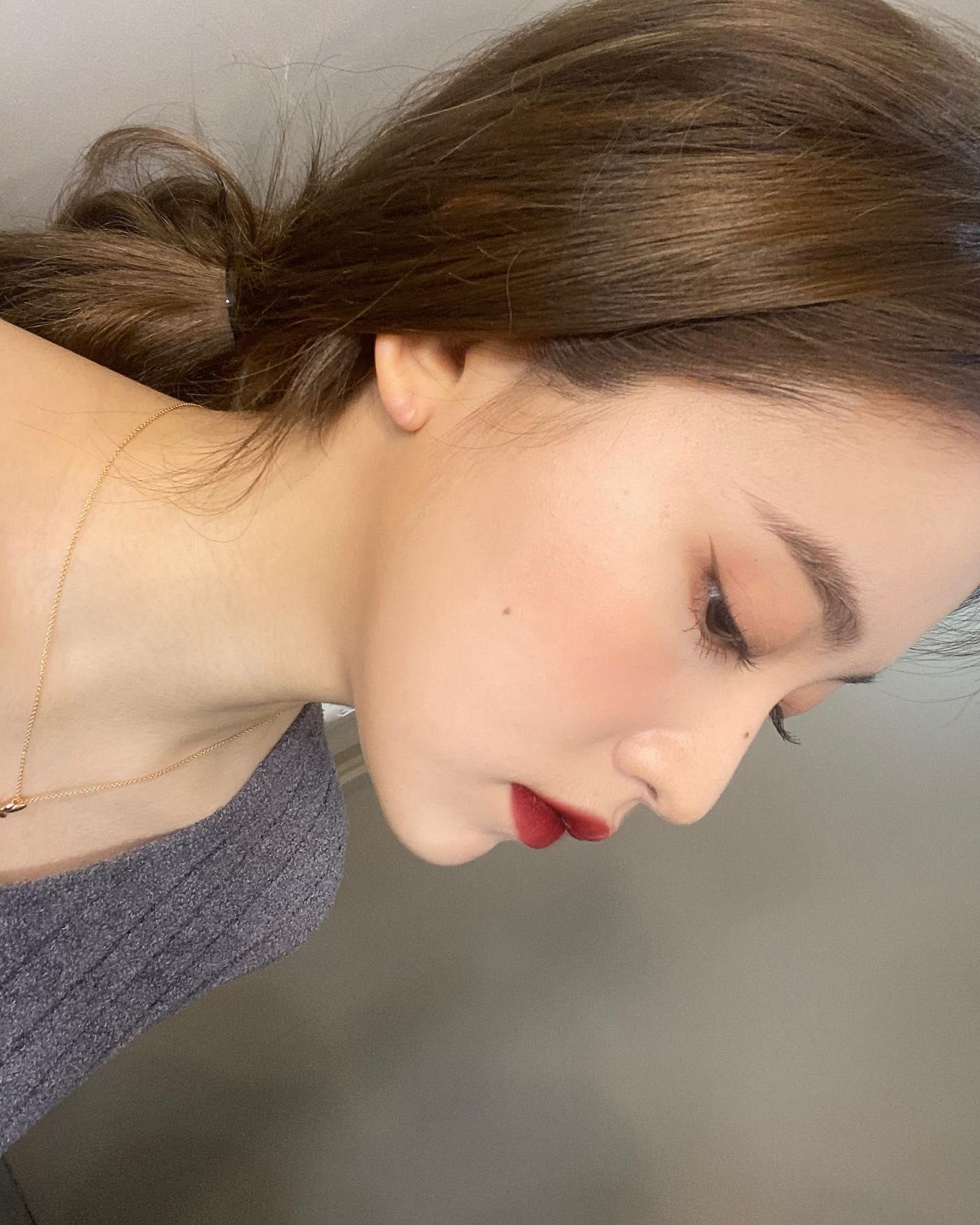 """Loạt makeup look """"đỉnh của chóp"""" từ idol Kpop, nhìn xịn sò là vậy nhưng học theo cũng đâu có khó mấy - Ảnh 7."""