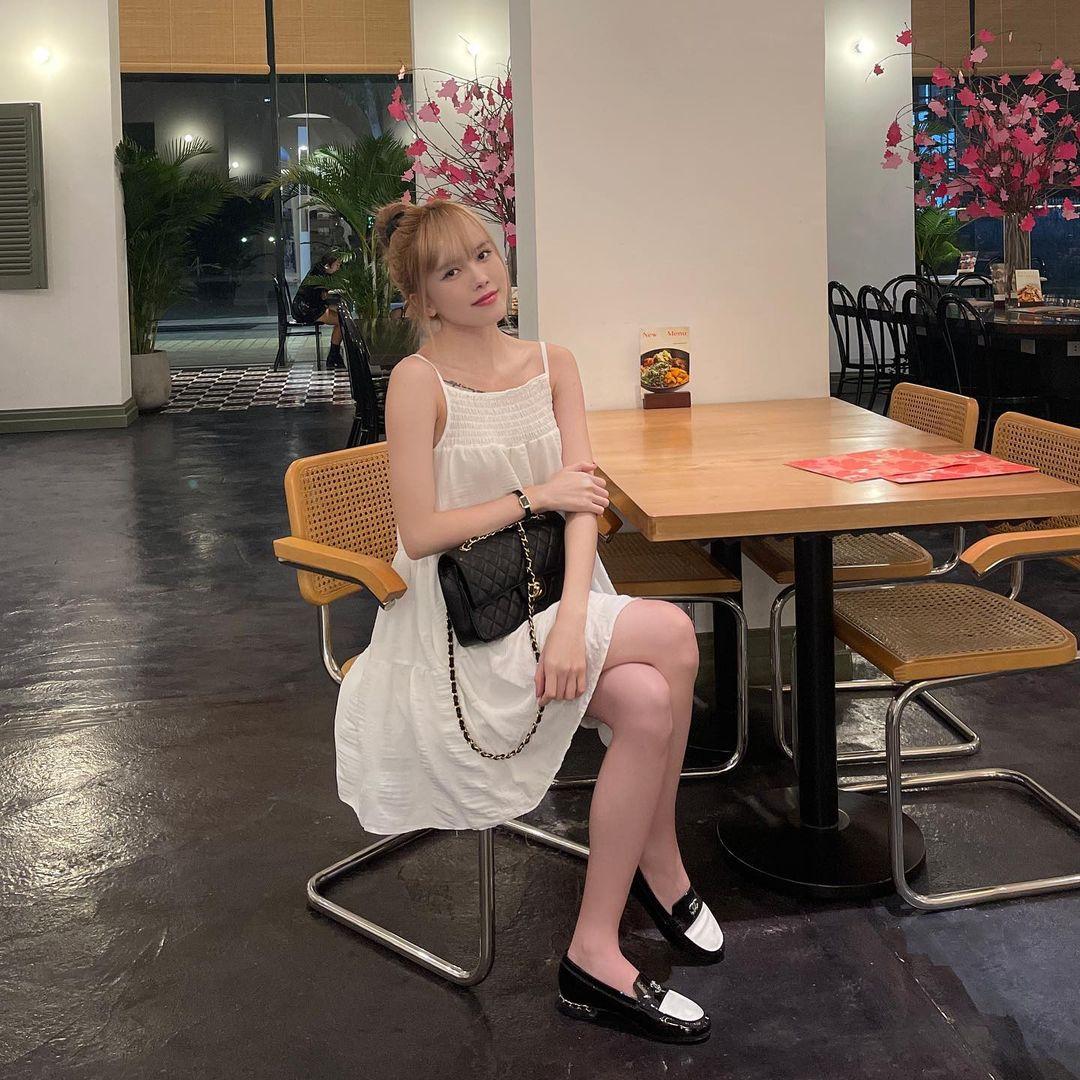 Chia tay Sơn Tùng, Thiều Bảo Trâm cũng cho luôn Prada vào lãnh cung, phủ kín tủ đồ bằng loạt Chanel xa hoa - Ảnh 9.