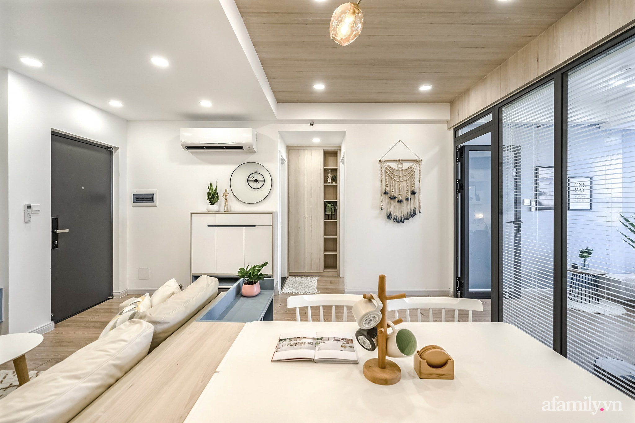 Căn hộ 65m² màu xanh yên bình của chàng trai quyết tâm mua nhà trước tuổi 30 ở Sài Gòn - Ảnh 6.