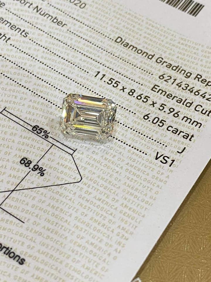 Ngọc Trinh bán tống bán tháo núi kim cương bạc tỷ: Viên nào viên nấy to như trứng gà, sương sương 13 tỷ chứ nhiêu! - Ảnh 3.