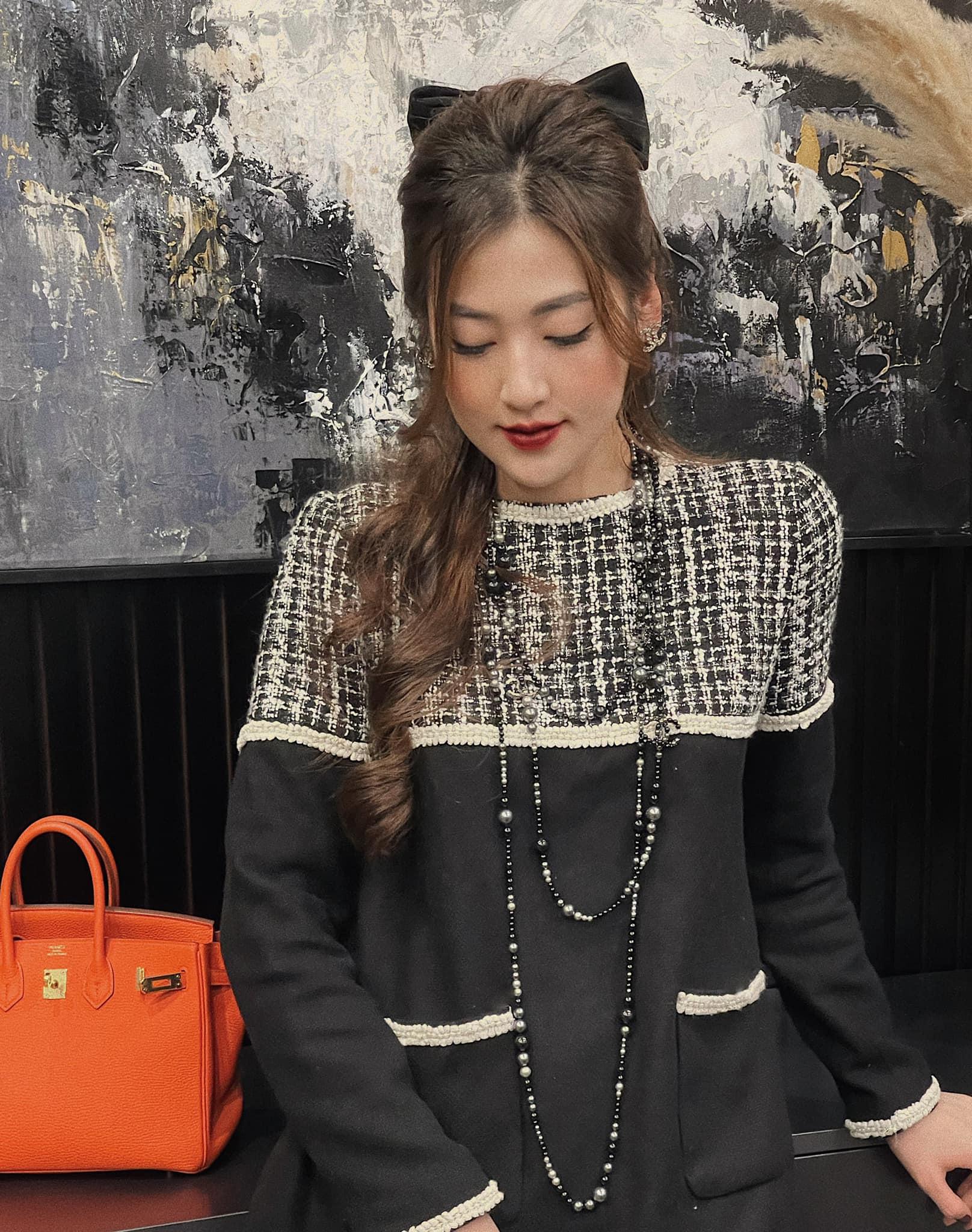 Nhìn Á hậu Tú Anh lên đồ công sở đẹp mê, chị em tăm tia ngay được 10 set siêu xinh diện đi làm - Ảnh 10.