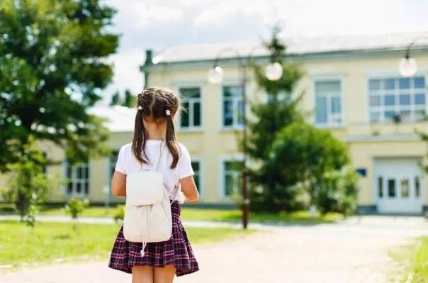 """Tin rằng chọn hệ công là """"không thương con"""", tôi quyết tâm tìm trường lớp 1 ra tấm ra món - Ảnh 1."""