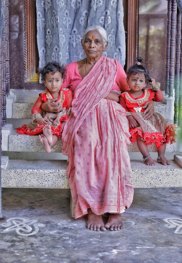 Sinh con ở tuổi thất tuần, bà mẹ U80 được xem là bà mẹ già nhất thế giới khi sinh con - Ảnh 6.