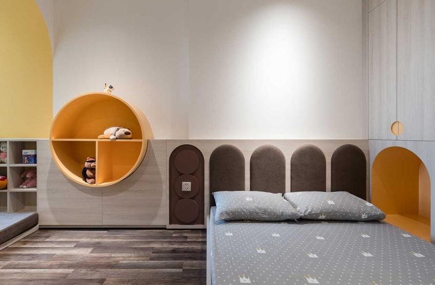 Căn hộ chỉ 89m² đẹp cá tính và năng động với hình khối và color block - Ảnh 11.