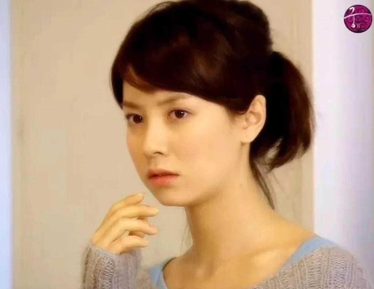 Đã 39 tuổi nhưng làn da của Song Ji Hyo vẫn láng mượt như thời 20 nhờ 5 bí kíp sau - Ảnh 1.