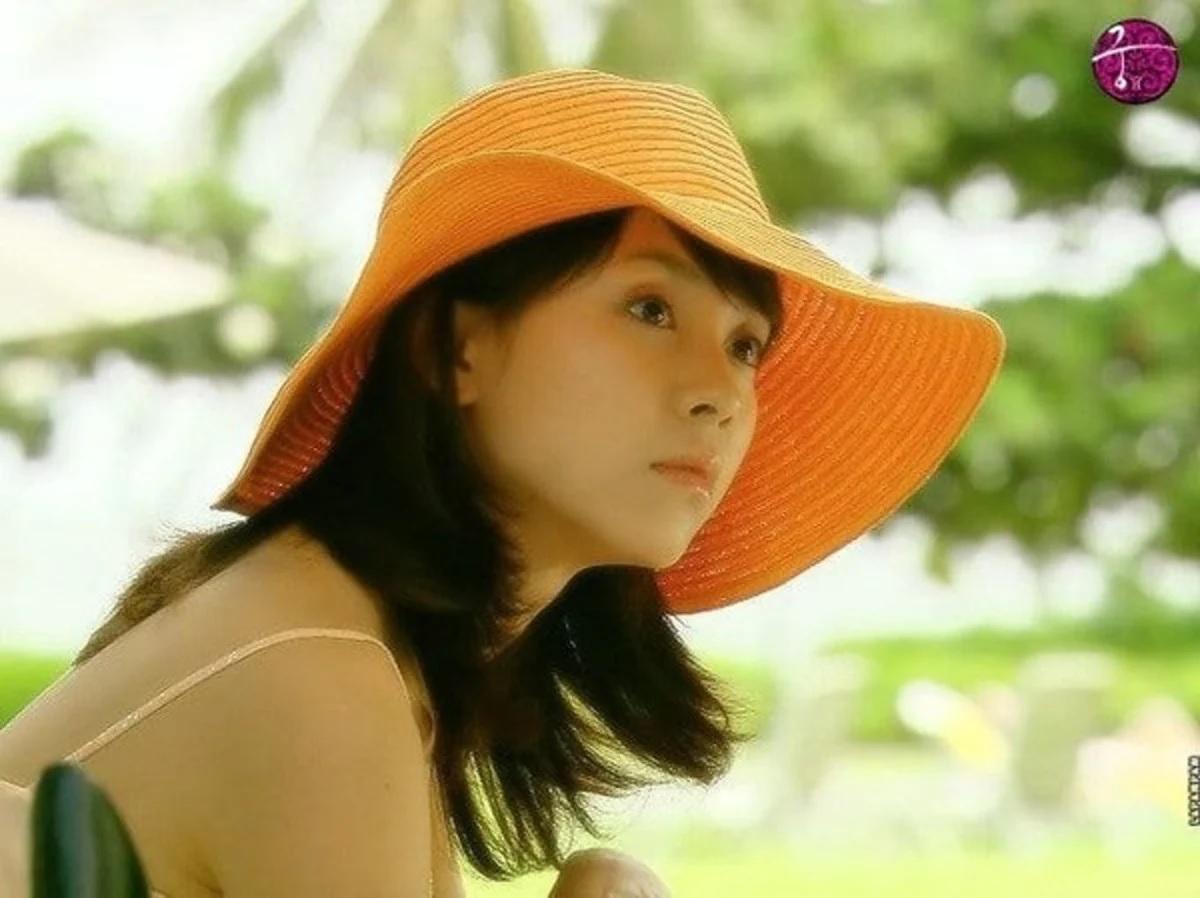 Đã 39 tuổi nhưng làn da của Song Ji Hyo vẫn láng mượt như thời 20 nhờ 5 bí kíp sau - Ảnh 3.