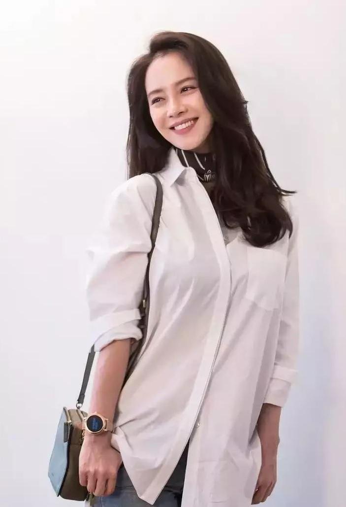 Đã 39 tuổi nhưng làn da của Song Ji Hyo vẫn láng mượt như thời 20 nhờ 5 bí kíp sau - Ảnh 7.