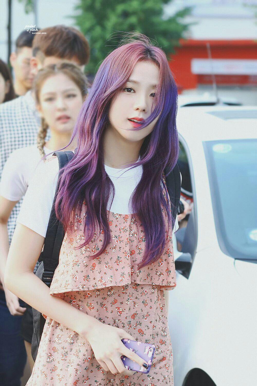 """Đẳng cấp của idol đẹp như Hoa hậu: Jisoo chứng minh khả năng """"cân"""" được mọi màu tóc, từ basic đến khó chiều - Ảnh 5."""