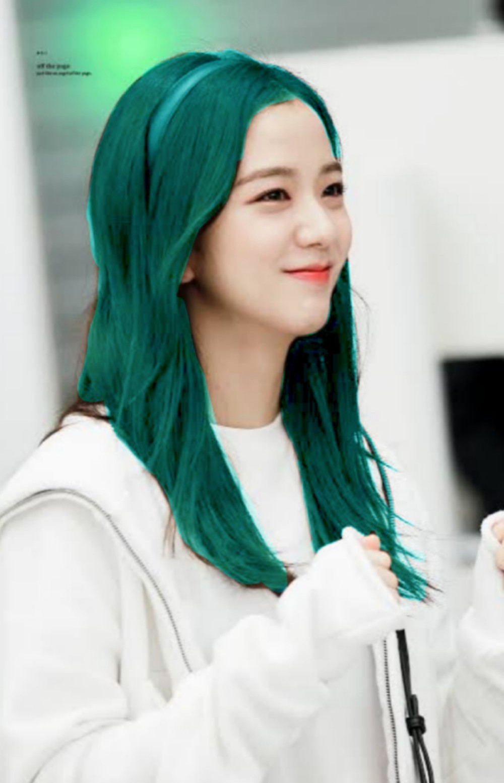 """Đẳng cấp của idol đẹp như Hoa hậu: Jisoo chứng minh khả năng """"cân"""" được mọi màu tóc, từ basic đến khó chiều - Ảnh 9."""