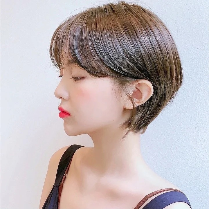 Nàng mặt tròn muốn cắt tóc ngắn thì phải chú ý đến điểm này - Ảnh 1.