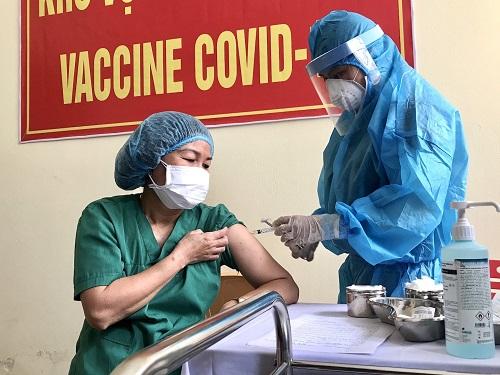 Sáng 19/3, hơn 27.500 người Việt Nam đã tiêm vắc xin COVID-19, không có thêm ca mắc - Ảnh 2.