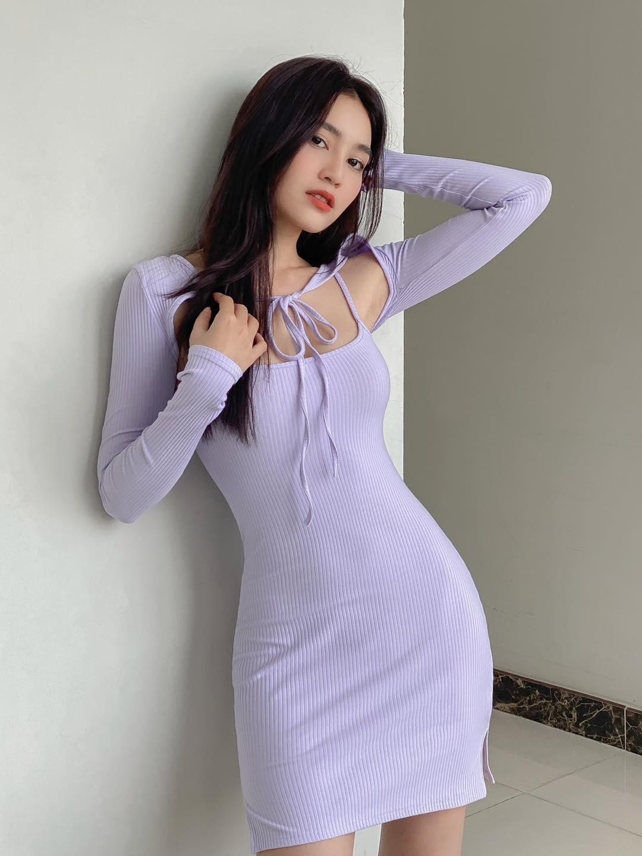 Ninh Dương Lan Ngọc có cả loạt váy áo hở bạo ít ai dám mặc, khoe body sexy bỏng mắt dân tình - Ảnh 3.