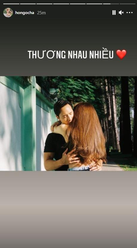 """Kim Lý khoe khoảnh khắc ngọt ngào bên cạnh Hà Hồ, nhưng tiêu điểm chú ý lại đổ dồn vào vòng eo của """"mẹ 3 con"""" - Ảnh 3."""