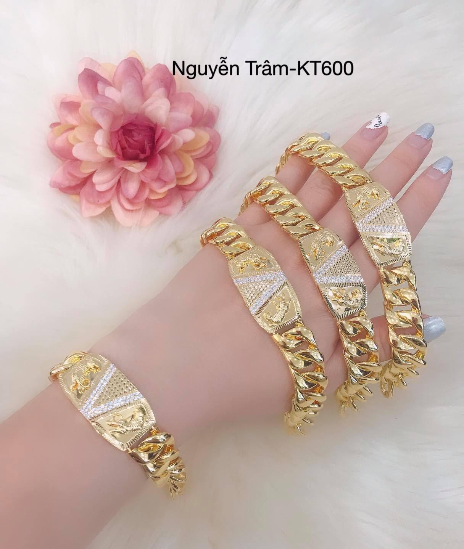 Tôn lên phong thái quyền lực của phái đẹp với trang sức của tiệm vàng Nguyễn Trâm - Ảnh 4.