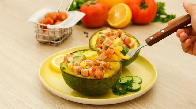 Buổi tối quyết tâm vào bếp làm món salad này, thành quả sẽ khiến chị em chỉ cần nhìn thôi cũng thấy no! - Ảnh 1.