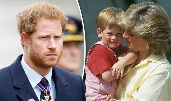 Sau cuộc phỏng vấn bom tấn, Harry lại công khai nói về nỗi đau mất mẹ, Công nương Diana bao giờ mới yên lòng? - Ảnh 2.