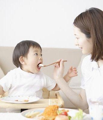 Bệnh tay chân miệng ở trẻ: Những biến chứng nghiêm trọng, cách nhận biết, điều trị bệnh cha mẹ cần nắm được để phòng bệnh cho con - Ảnh 18.