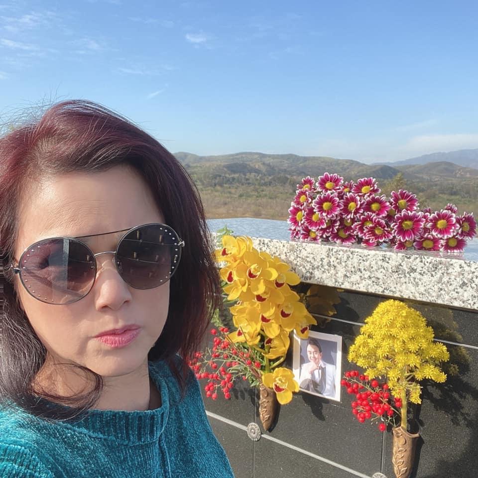 NS Thúy Nga: Ngày nào đi làm về, bé Heo cũng lên nghĩa trang thăm anh Chí Tài - Ảnh 7.