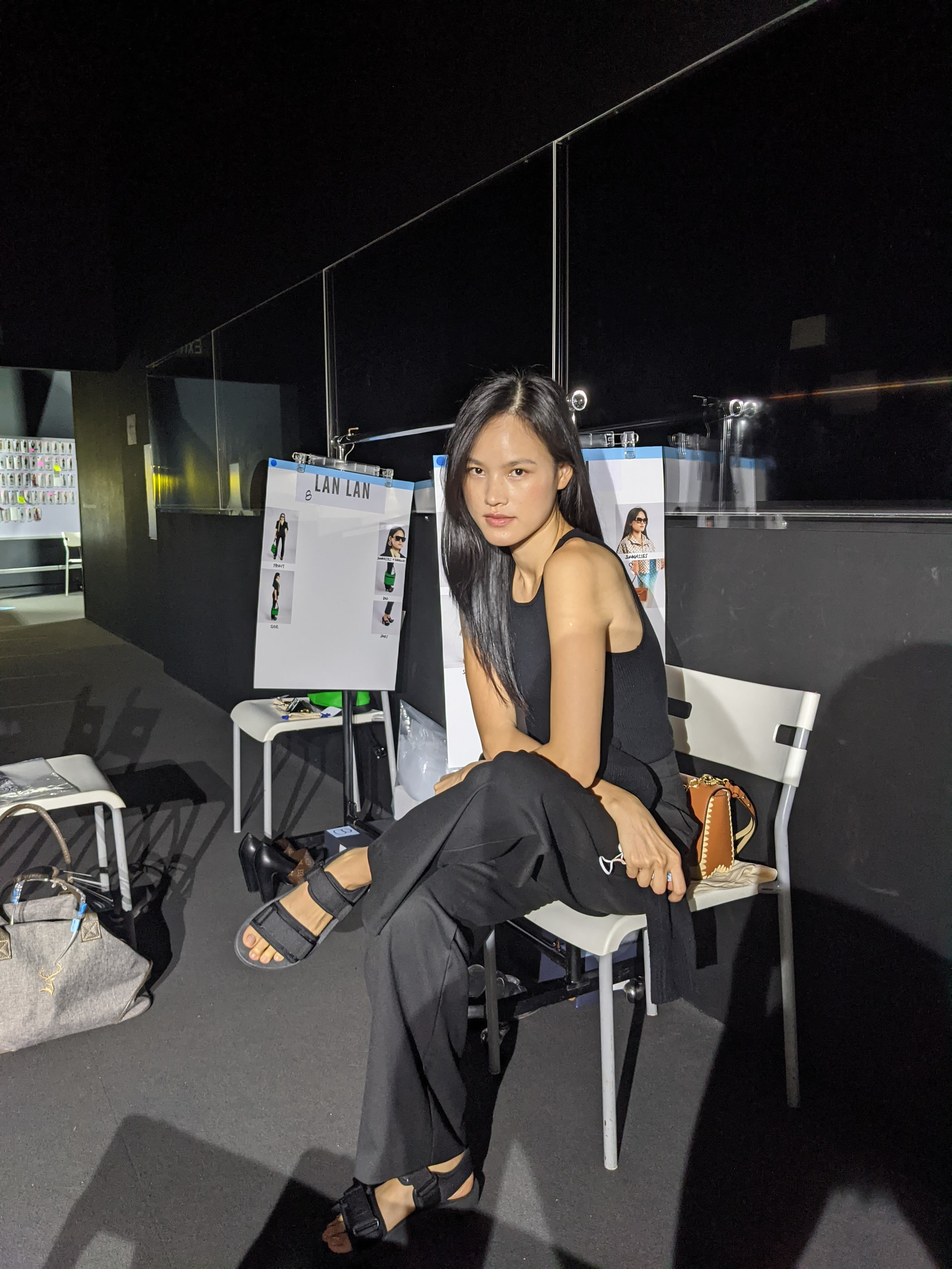 Phỏng vấn nhanh nhân vật hot nhất đêm nay - Tuyết Lan về mối nhân duyên với Louis Vuitton - Ảnh 3.