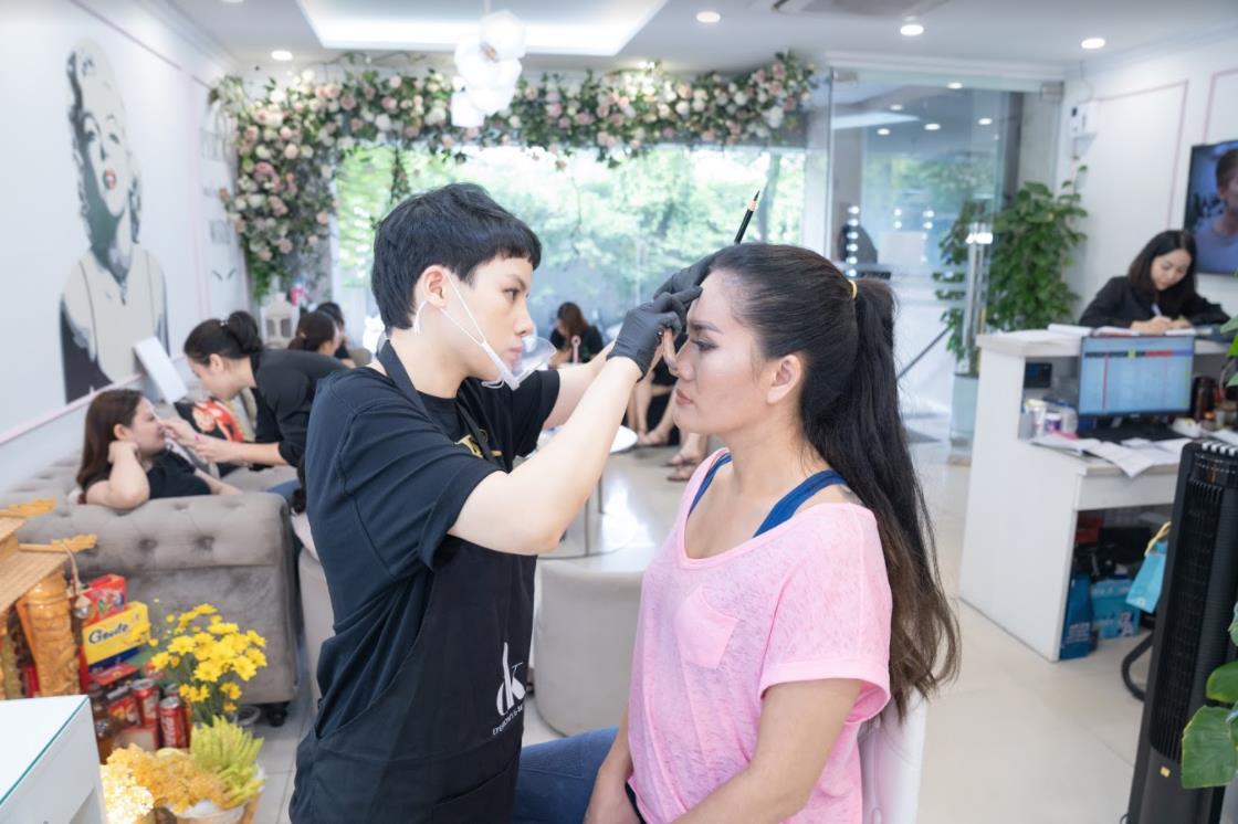 DJ Ngoan Minh Vương - Từ cô gái đam mê âm nhạc đến bà chủ beauty salon tâm huyết với nghề làm đẹp - Ảnh 3.