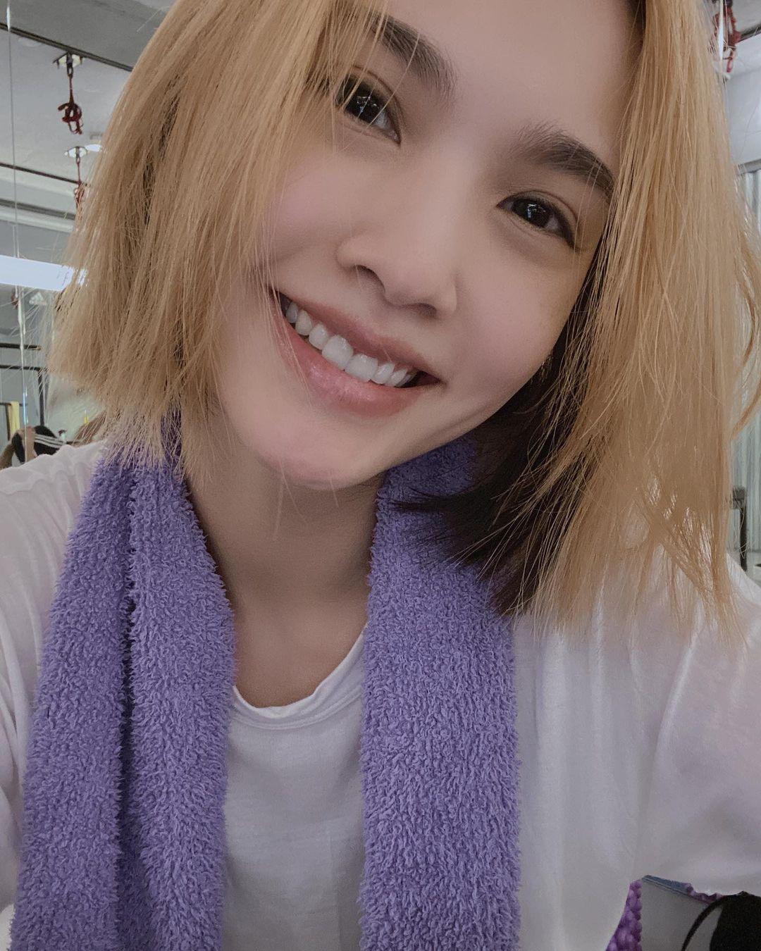Dương Thừa Lâm debut gần 20 năm rồi mà visual vẫn như gái 20, hoá ra là nhờ 6 bí quyết mà chị em hay bỏ qua - Ảnh 4.