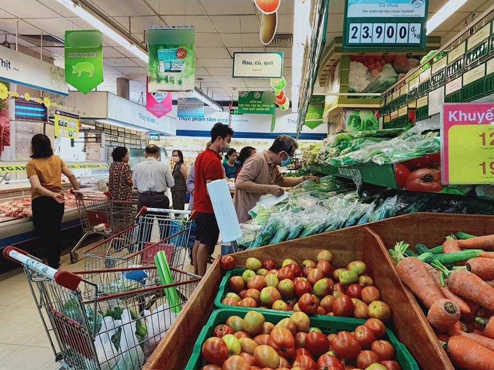 """Hốt hoảng tưởng chồng """"ăn bớt"""" tiền chợ vì mua rau củ đắt gấp 3 thường ngày, hỏi chỗ mua mới biết trách nhầm chồng - Ảnh 2."""