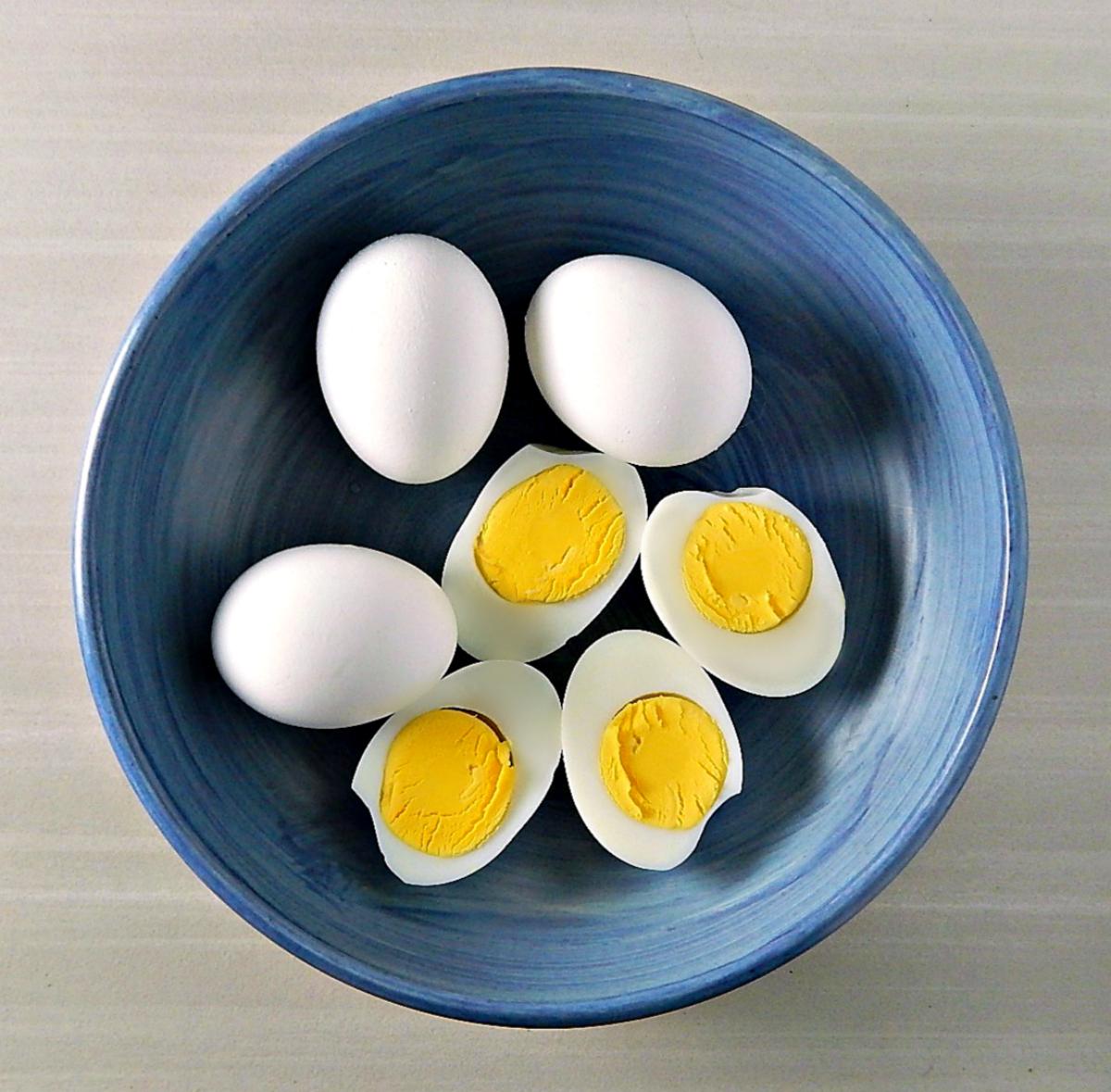 Basic-Hard-Boiled-Eggs.jpg