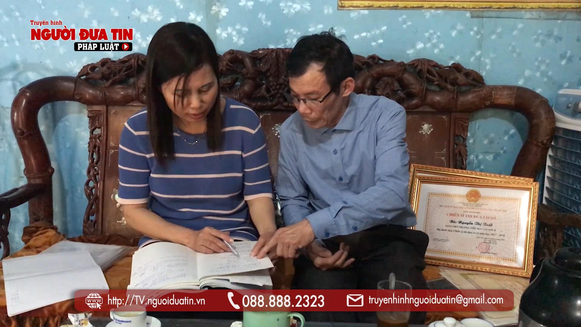 Chống tiêu cực, hai giáo viên ở Hà Nội kêu cứu vì bị cấp trên trù dập - Ảnh 1.