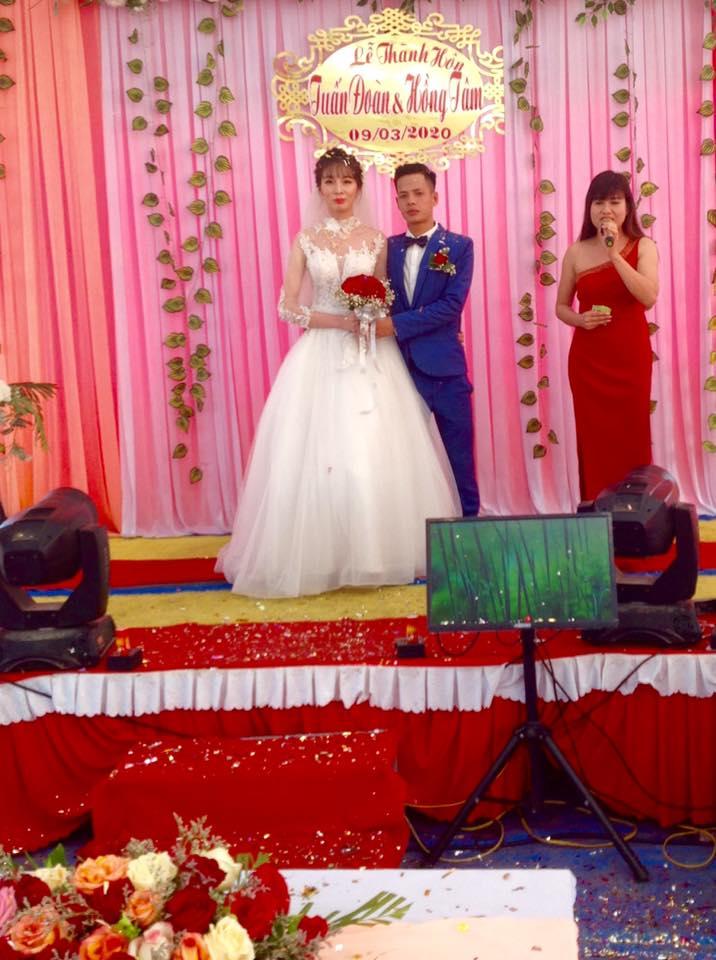 Mặc đồng phục, đeo dép lê đi thi Vietnams Next Top Model, cô gái này đã có màn lột xác ngoạn mục 1 năm sau đó! - Ảnh 13.