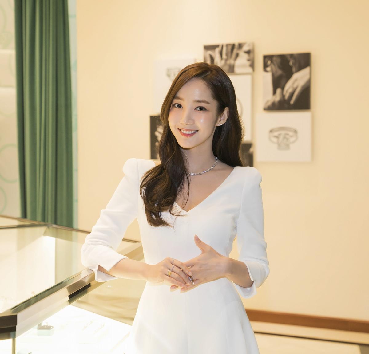 """Chơi chiêu nhỏ nhưng """"điên nữ"""" Seo Ye Ji vẫn ghi điểm khác biệt Song Hye Kyo, Park Min Young… khi đụng độ - Ảnh 3."""