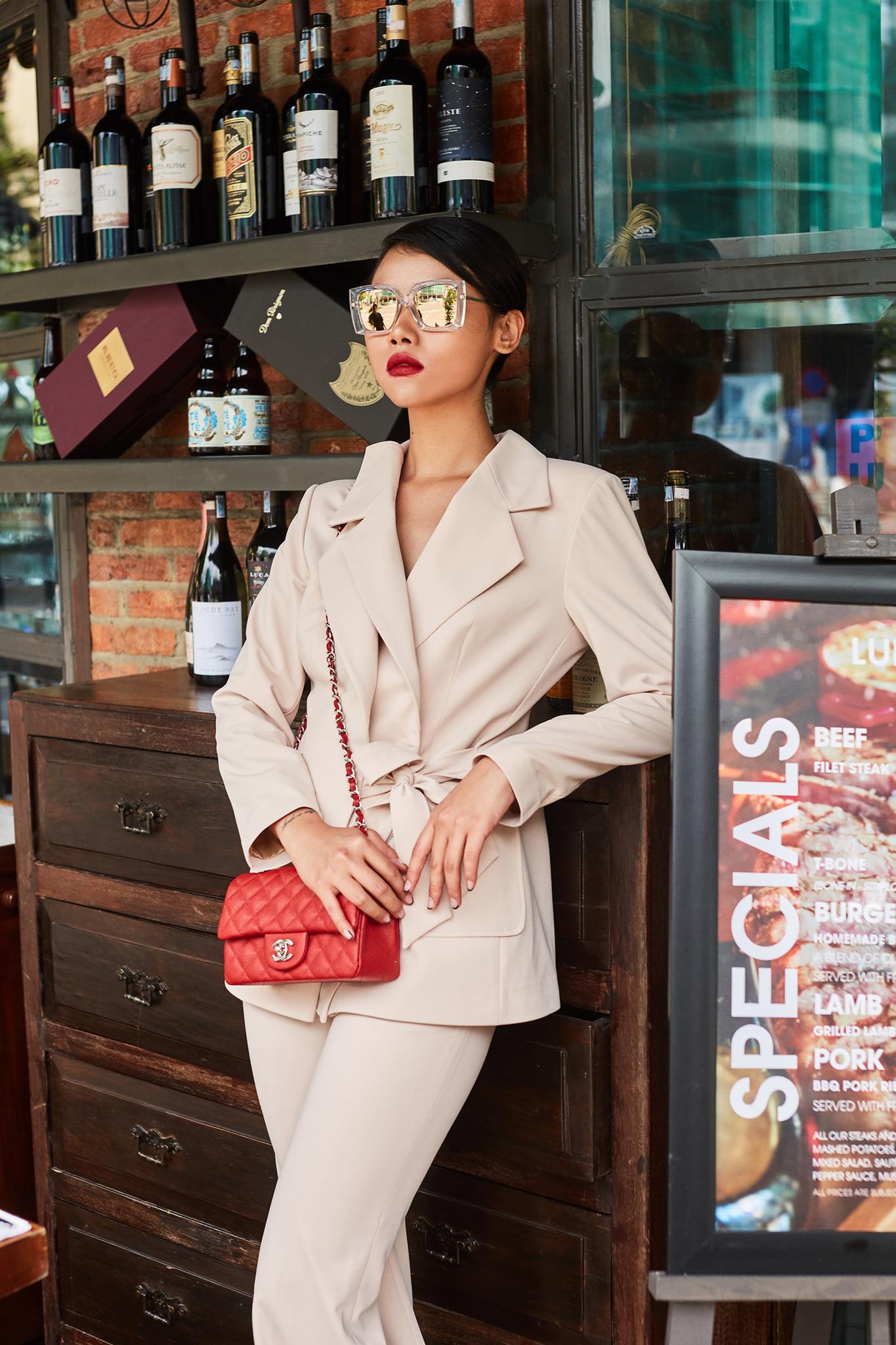 CEO Nguyễn Thị Thơ từ thương hiệu Crab Boutique chia sẻ mẹo gây ấn tượng cho chị em văn phòng - Ảnh 4.