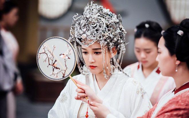 """Vị Hoàng hậu nhân đức nhất nhà Hán: Gia tộc sa sút phải nhập cung """"đổi đời"""", 21 tuổi nắm quyền hậu cung, không con cái nhưng được người người tôn kính"""