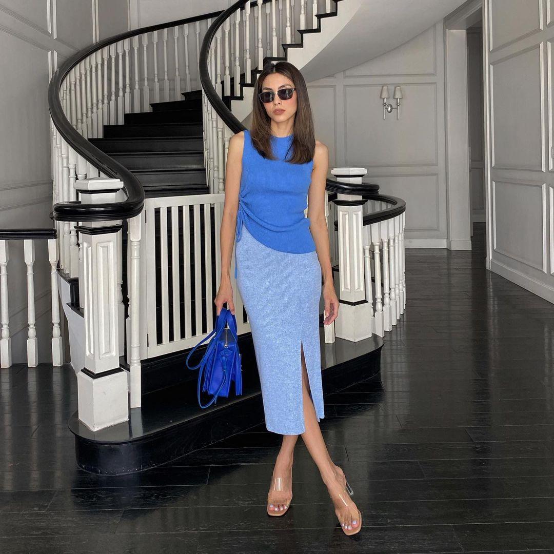 Học mỹ nhân Vbiz sắm ngay 5 kiểu chân váy dài đẹp và sang ngút ngàn 009