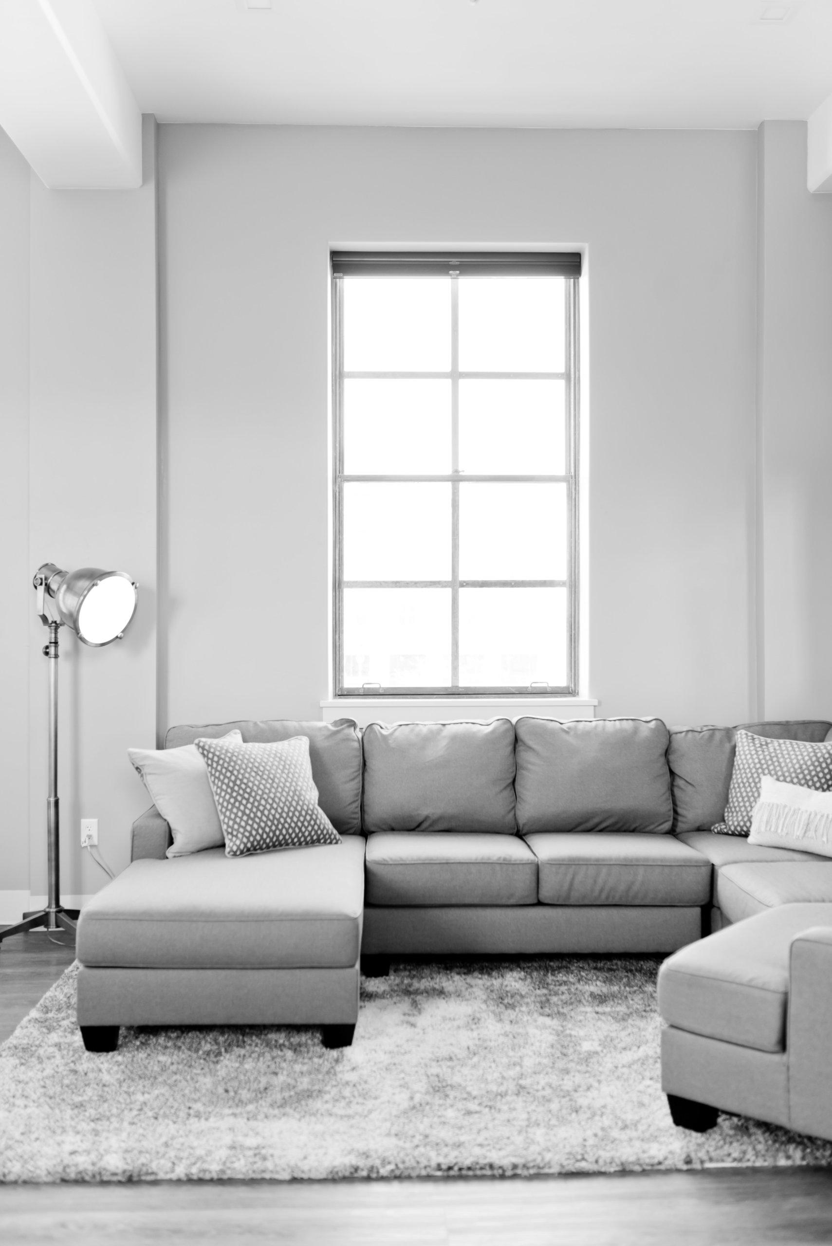 7 sai lầm khi trang trí khiến căn phòng của bạn trôg nhỏ đi nhiều so với diện tích thực - Ảnh 2.