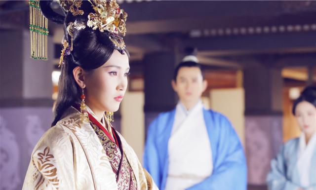 """Vị Hoàng hậu """"hoàn mỹ"""" nhất lịch sử Trung Hoa: Tài sắc vẹn toàn, khắc chồng khắc con nhưng phò tá 6 vị Hoàng đế, cứu giữ 1 triều đại - Ảnh 2."""