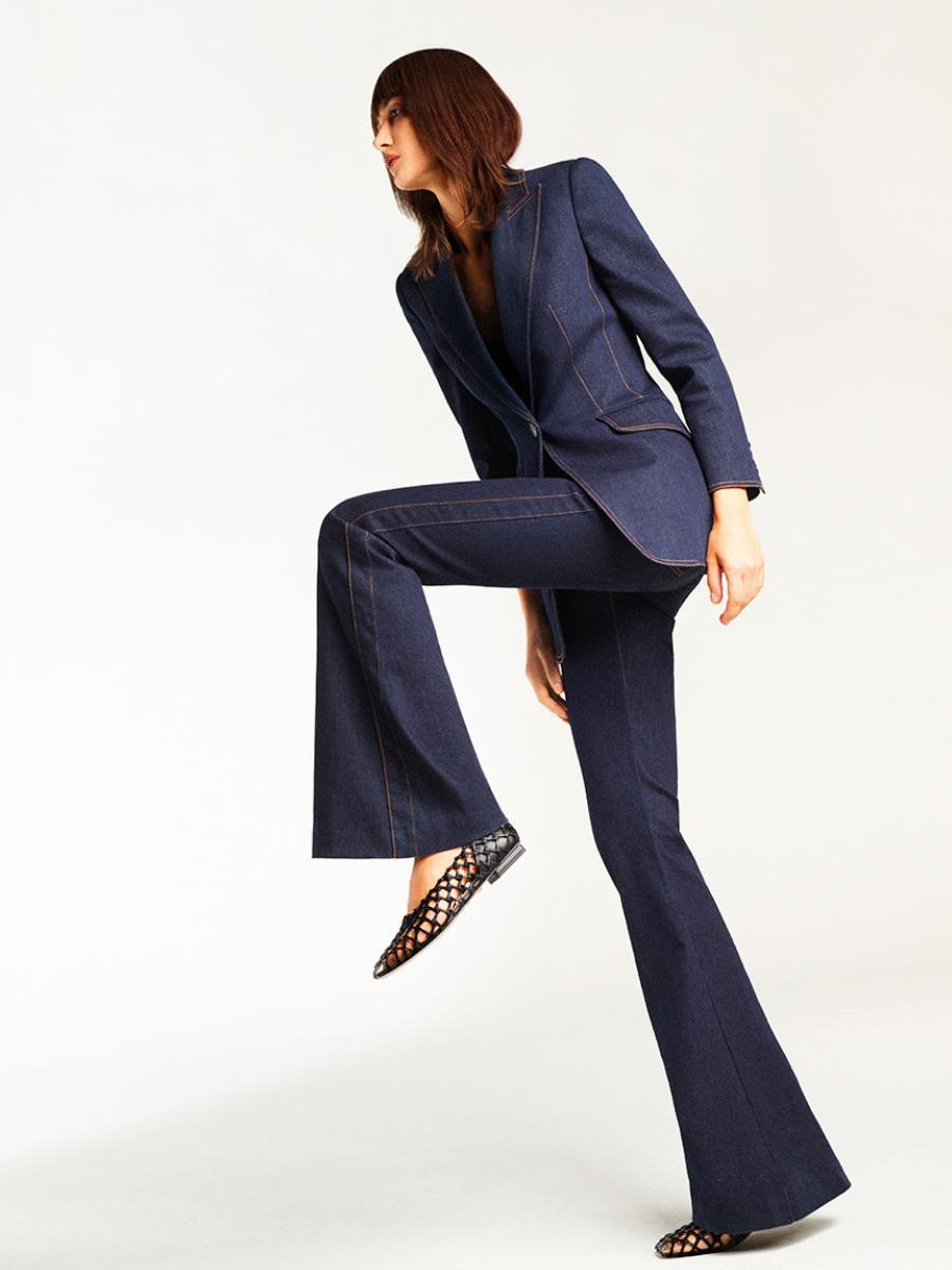 Hé lộ dòng thời trang tối giản sang trọng trong BST CHARLES & KEITH Xuân Hè 2021 - Ảnh 8.