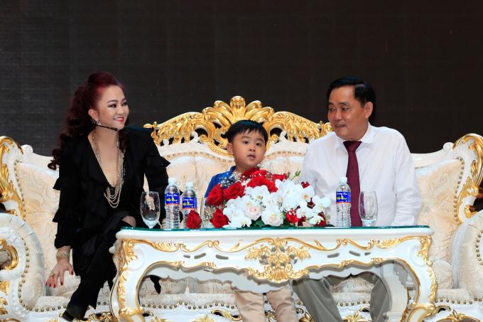 """Bà chủ Đại Nam: """"Tôi là Nguyễn Phương Hằng, tôi đi hiên ngang bên đời anh Dũng"""" - Ảnh 3."""