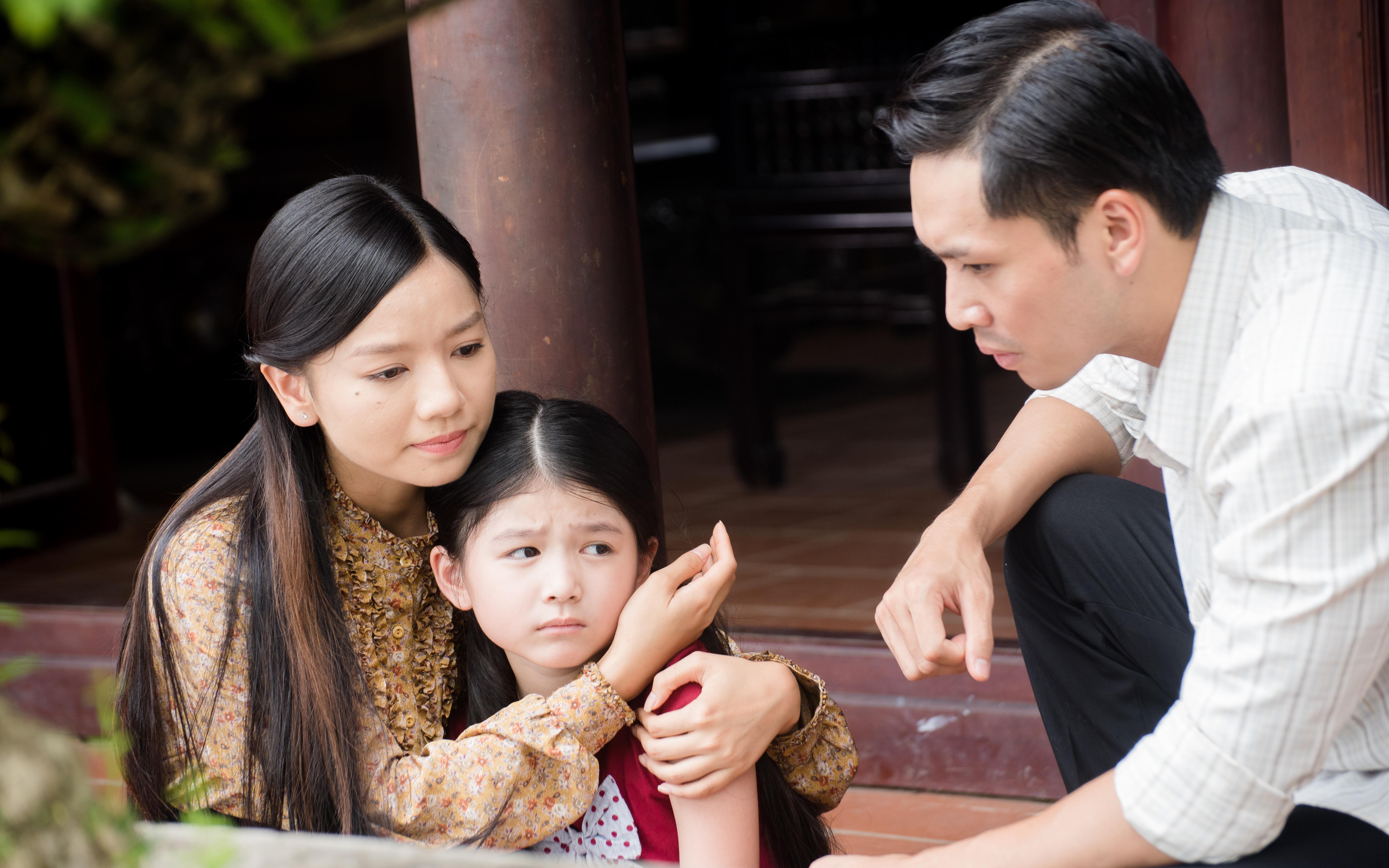 Bạch Công Khanh đóng vai ngu ngốc, hội ngộ Cao Minh Đạt - Lê Hạ Anh trong phim VTV