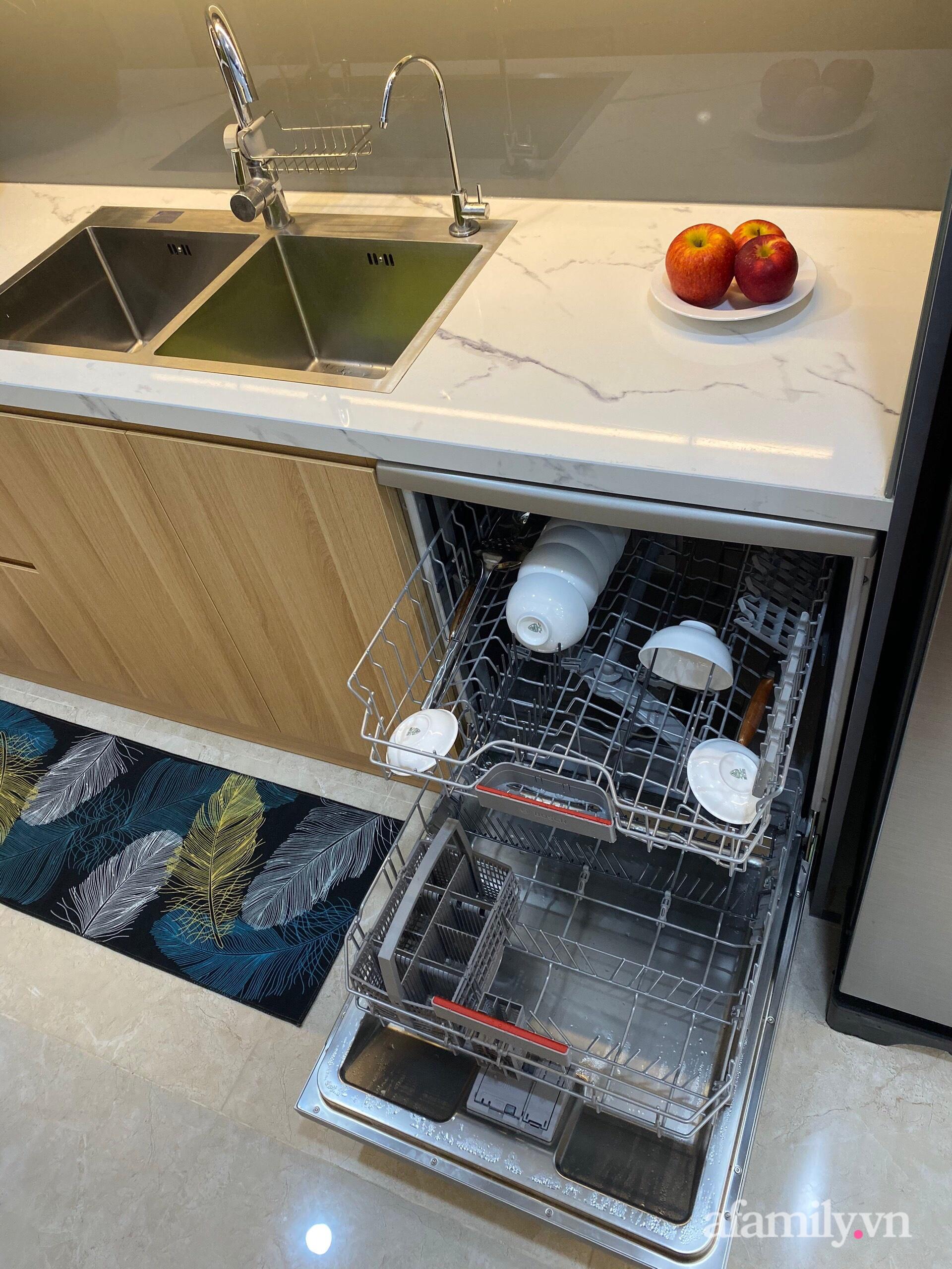 Căn hộ 92m² đong đầy hạnh phúc với nội thất đơn giản, hiện đại của vợ chồng trẻ Hà Nội - Ảnh 12.