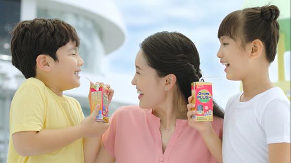 Sữa nội hay sữa ngoại: Cuộc thảo luận không hồi kết của các bà mẹ Việt - Ảnh 3.