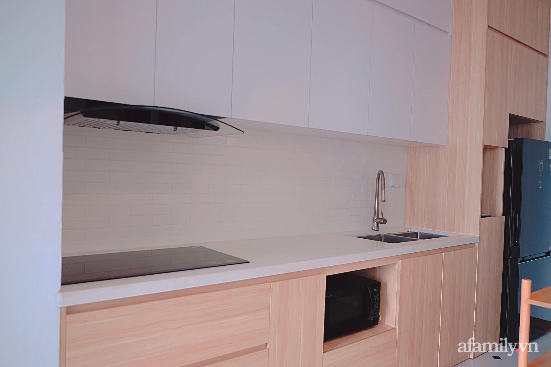 Căn hộ 78m² đẹp tinh tế và tiện dụng với phong cách tối giản của cặp vợ chồng trẻ ở Hà Nội - Ảnh 7.